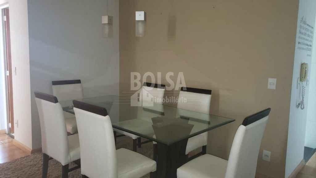 Sala de Jantar - Mesa 6 cadeiras